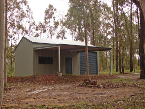 Custom Shed - Pale Eucalypt and Cottage Green 01