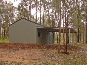 Custom Shed - Pale Eucalypt and Cottage Green 02