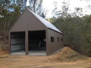 Double Garage - Woodland Grey with high Pitch