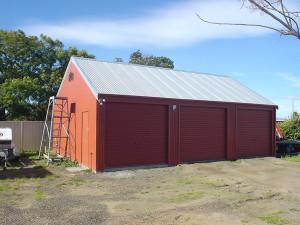 Triple Garage - Manor Red 02